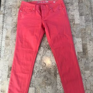 Seven7 coral skinny jeans with distressing size 12